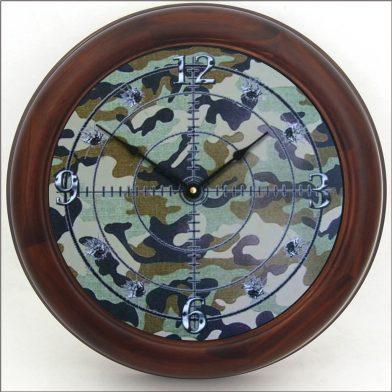 Camo Clock brn frm